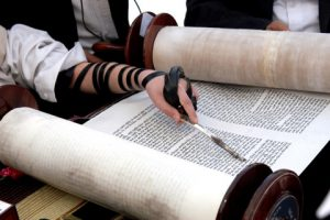 האאוטפיט המושלם: איך בוחרים בגדים לבר מצווה?